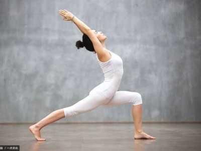 产后瘦身操和产后瑜伽各有什幺好处 产后减肥瘦身操