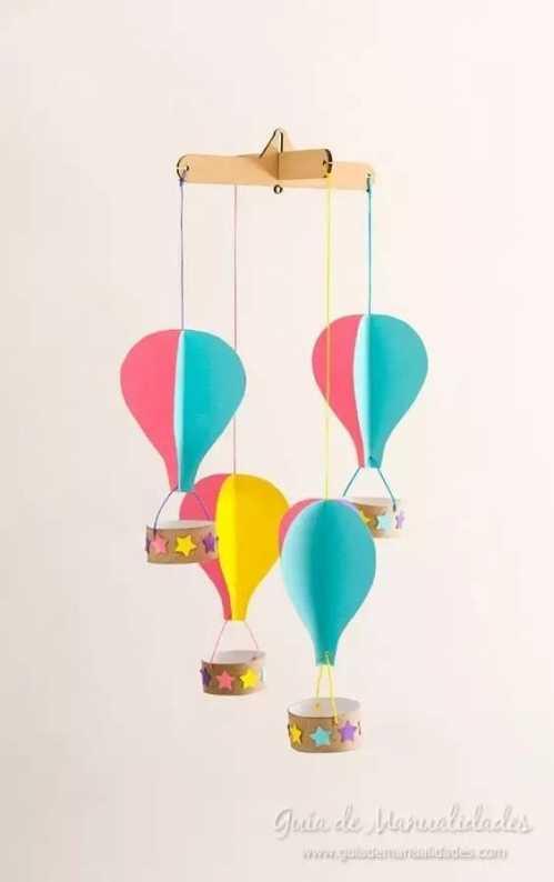 幼儿园手工热气球吊饰 幼儿园手工之卡纸吊饰