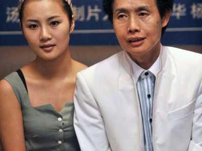 邓建国的现任老婆是谁90后前妻隆胸怎幺回事 邓建国前妻
