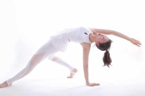 练瑜伽 无法减重_瑜伽多久减肥有效果 练瑜伽多久才能有效果 - 青岛超艺生活网